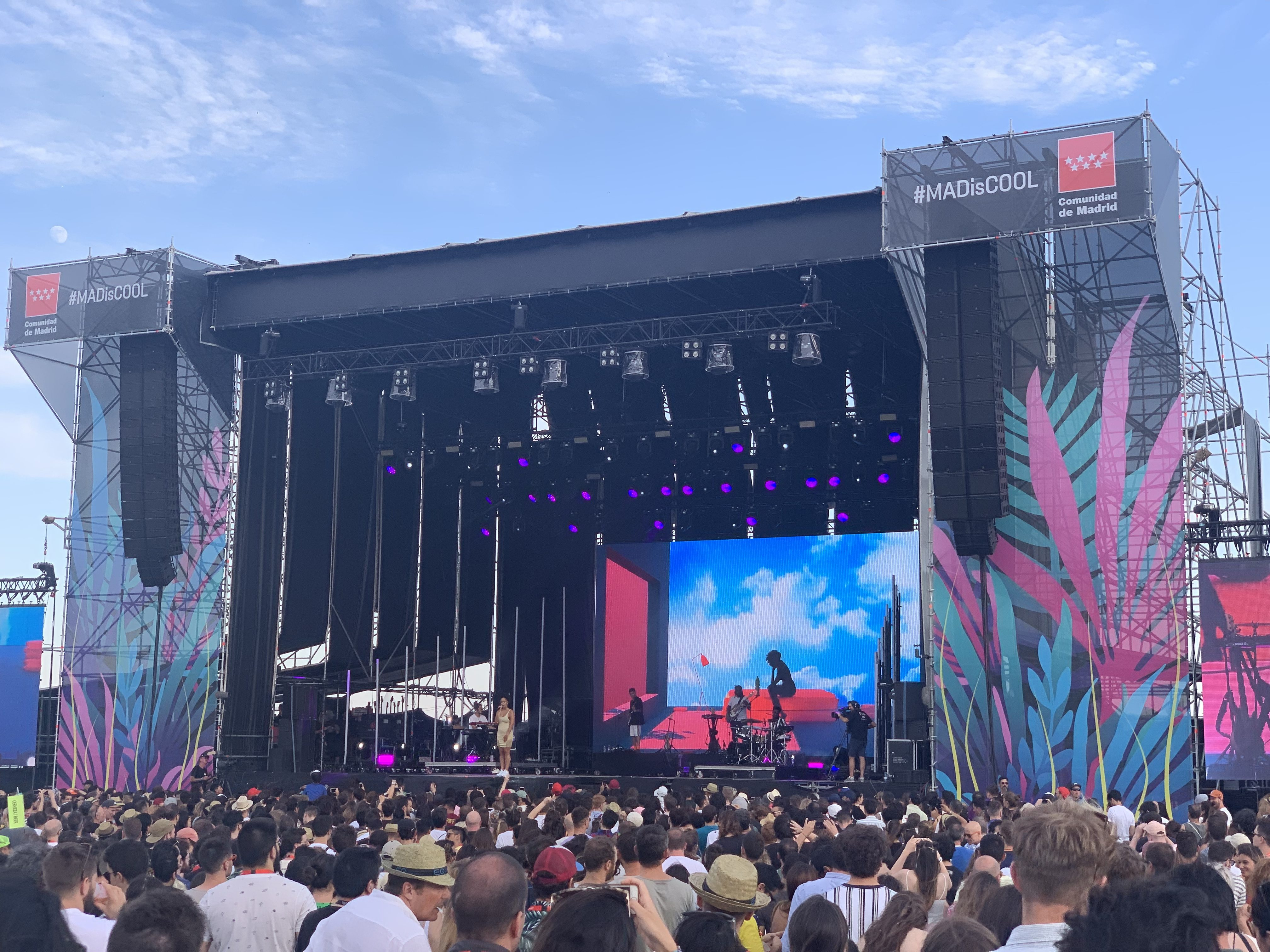 Jorja Smith opened the final day with an uplifting set.